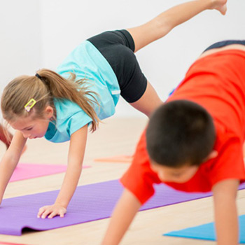 KIDS PARTNER YOGA